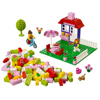 LEGO Junior House Suitcase
