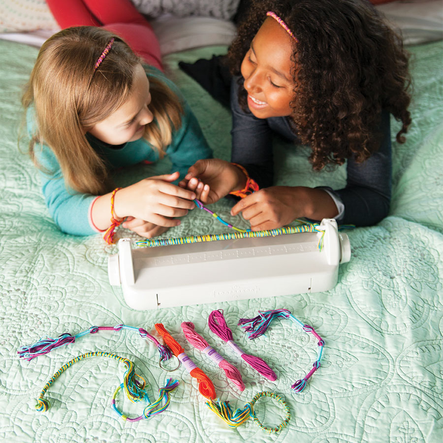 Toys For Girls 9 11 : Make a friend bracelet loom